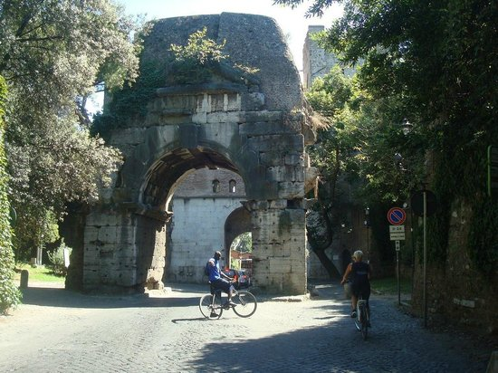 The Red Bicycle Touring Organisation: Bike riding out the Appian Way