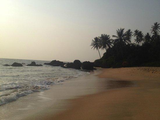 KK Heritage Homestay: Thottada beach 100 meters from homestay