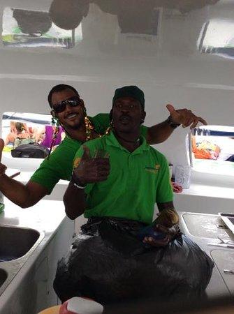 Jammin Catamaran Cruises: bar