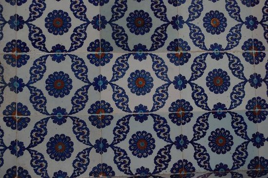 Rüstem-Pascha-Moschee: Some of the Iznik Tiles inside the mosque
