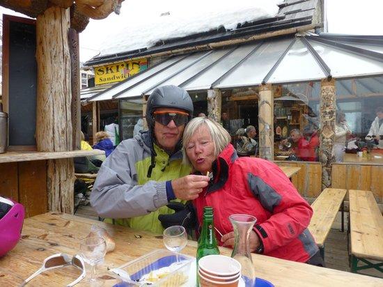 Ski'In La Tarine : Lunch time stop and Apres ski restaurant