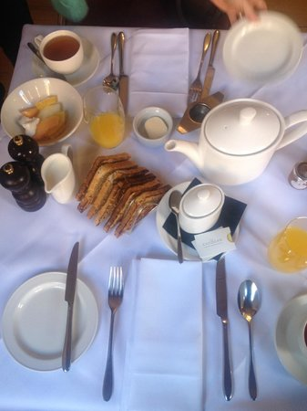 Cadogan Hotel: Breakfast