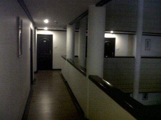 Harbour View Residency : Corridor