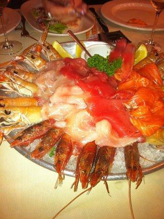 Sorisole, Italy: cruditè di pesce
