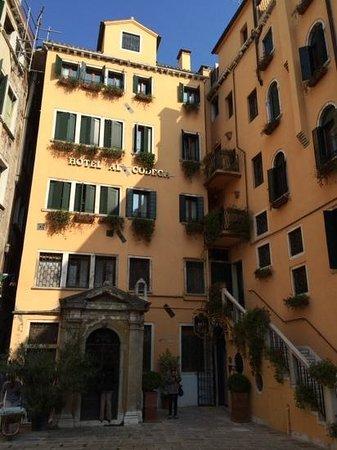 Hotel Al Codega: Innenhof zum Hotel
