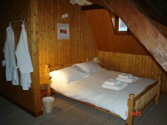 Chalet Le Chateau: Family room 7