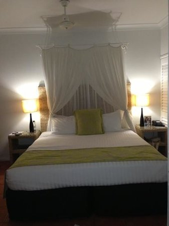 The Reef House Palm Cove - MGallery Collection: A great big comfortable bed...