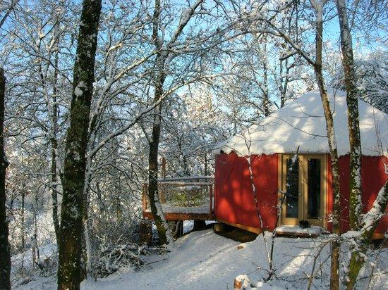 Les Hauts d'Albas: Gite insolite en hiver