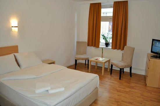 Hotel Budapester Hof: Four-bed room