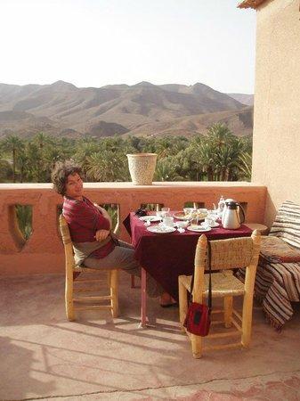 Auberge Chez Yacob : colazione in terrazza