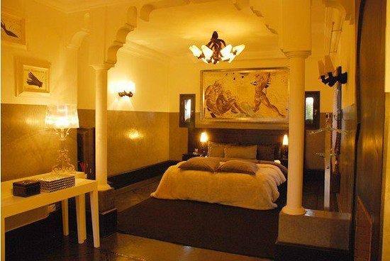Villa Mano : Chambre black and white