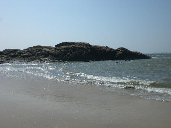 Chera Rock Beach House : Chera rocks