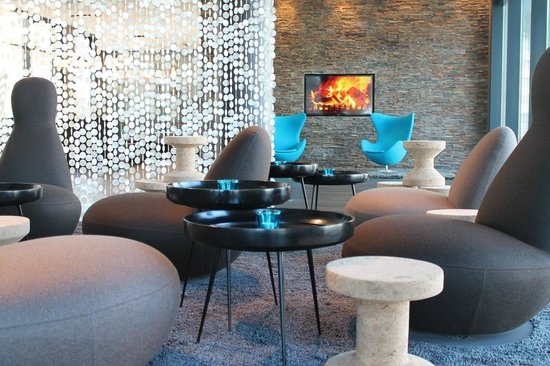 Motel One Rostock: Lobby