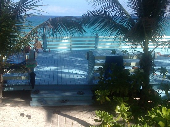 Sivananda Ashram Yoga Retreat: Beach platform