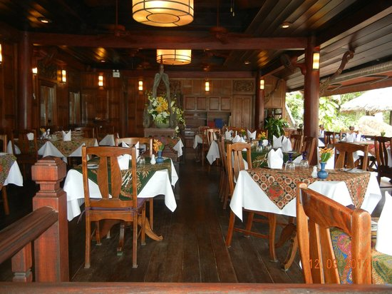 Poppies Samui : Covered restaurant
