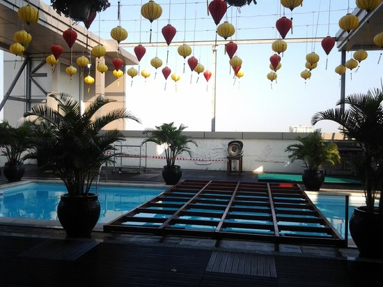 Golden Central Hotel: Бассейн с утра закрыт
