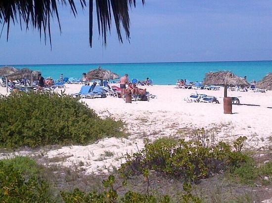 Melia Cayo Santa Maria: another day in the beach