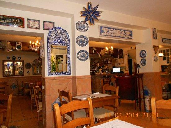 Hostal Guadalupe: Convivialité - Service à table