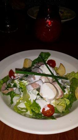 City Hotel: Ceasar salad for starter