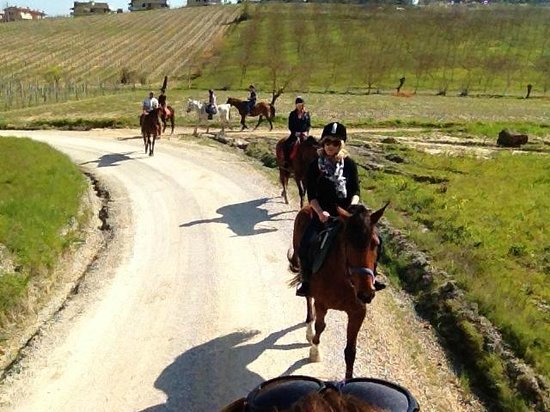 Fun in Tuscany: on the trail