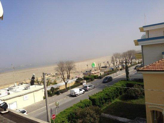Ambienthotels Panoramic: Ausblick vom Balkon aufs Meer