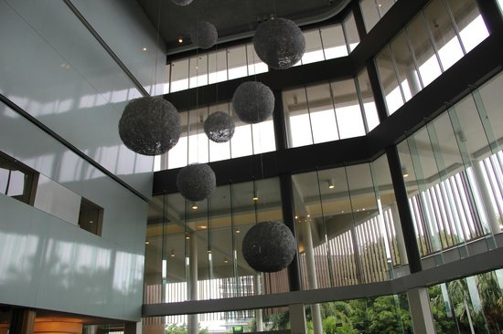 Shangri-La Hotel, The Marina, Cairns: Reception Area