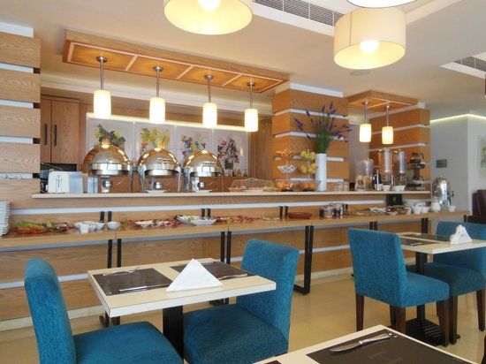 WH Hotel : Dining Place