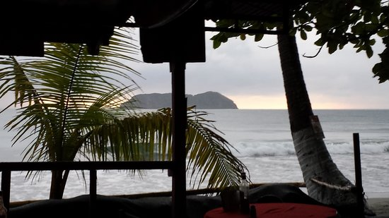 Playa Manuel Antonio: view from one of the bars