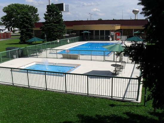 Days Inn Salem : Pool