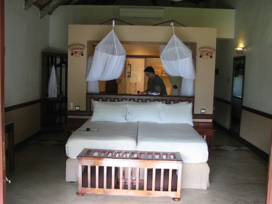 Chobe Safari Lodge: Beautiful room