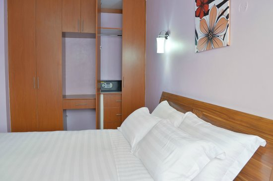 Superbe Fahari Palace Serviced Apartments: All Bed Rooms Are Equiped With A Wall  Bolted Safe