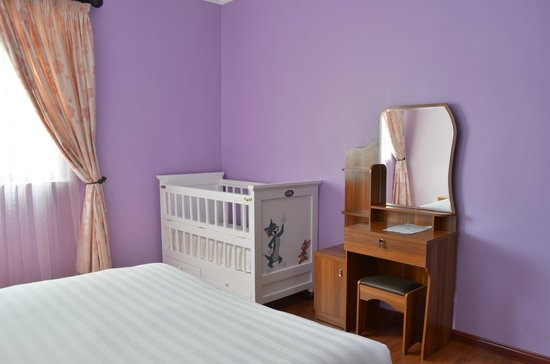 Fahari Palace  A Baby crib can be added in a two bedroo one bedroom. A Baby crib can be added in a two bedroo one bedroom apartment at