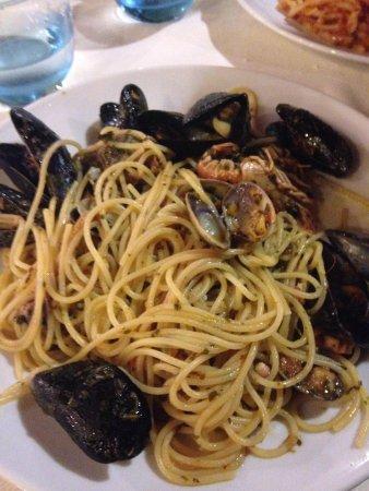 La Lucciola: Spaghetti