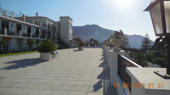 TRH Mijas: Hotel Grounds