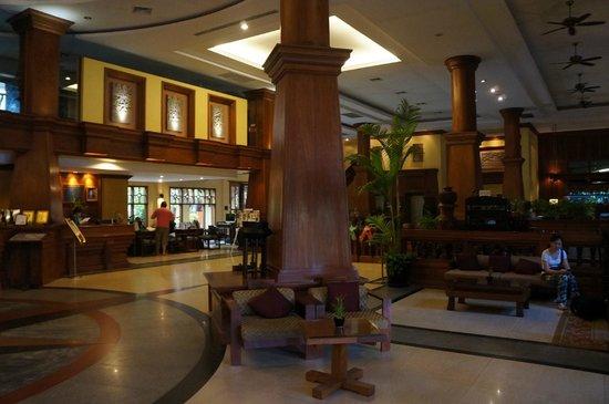 Prince D'Angkor Hotel & Spa : The lobby