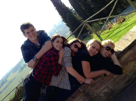 Fun in Tuscany: full bellies after lunch