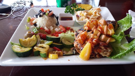 Fat Kahuna's Beach Side Grille: pineapple chicken. so good!
