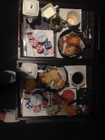 La Maison des Armateurs: Petits déjeuners en chambre ( service très ponctuel )