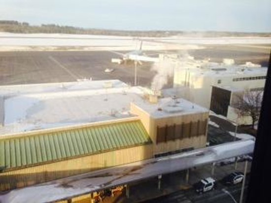 Four Points by Sheraton Bangor Airport: View from our room
