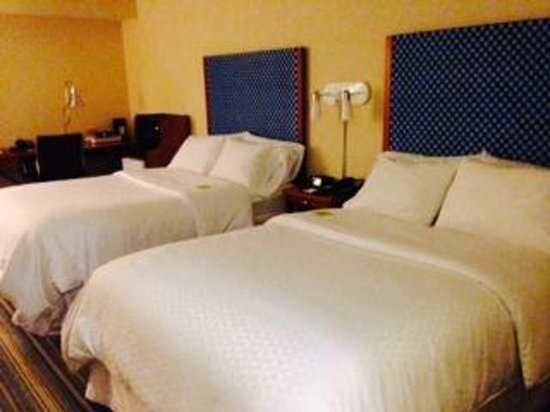 Four Points by Sheraton Bangor Airport: Room