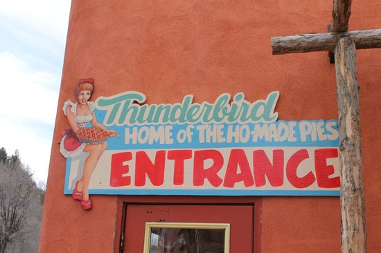 Thunderbird Restaurant: and here we are at mount carmel junction....