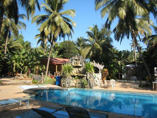 Alagoa Resort: Beautiful pool near our cottage