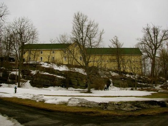 Mohonk Mountain House : Barn Museum