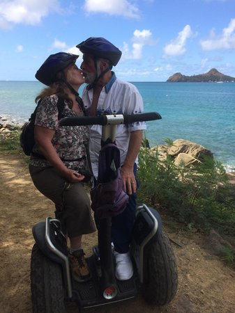 LucianStyle Segway Day Tours: Stop for a quick smooch