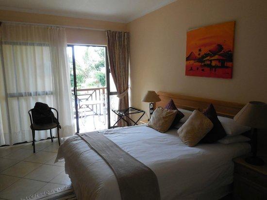 Elephant Lake Hotel: chambre au premier