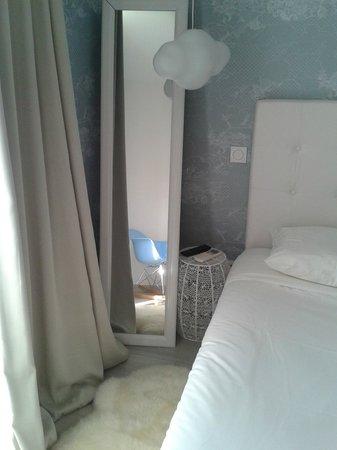 """Hôtel Mademoiselle : Номер """"Облака""""1"""