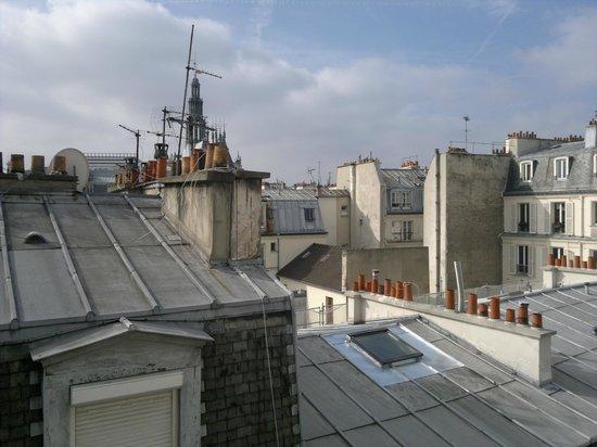 Est Hotel Paris: Panorama dal quinto piano