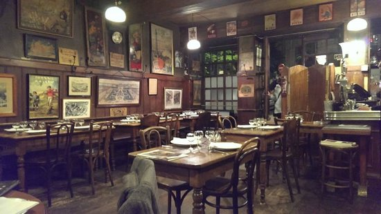 Cafe Comptoir Abel: Only indoor seating available