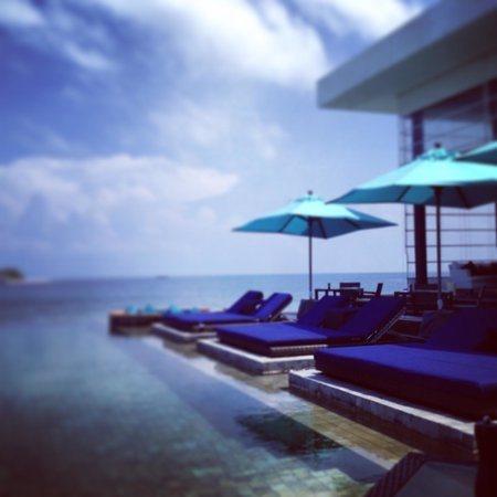 Dhevanafushi Maldives Luxury Resort Managed by AccorHotels: Water Villa Island - Dining area
