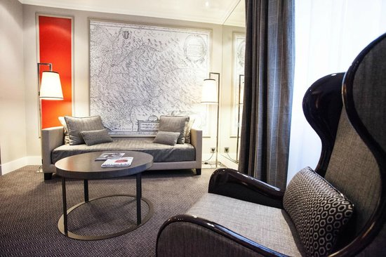 Park Hotel Grenoble - MGallery by Sofitel : Salon Suite